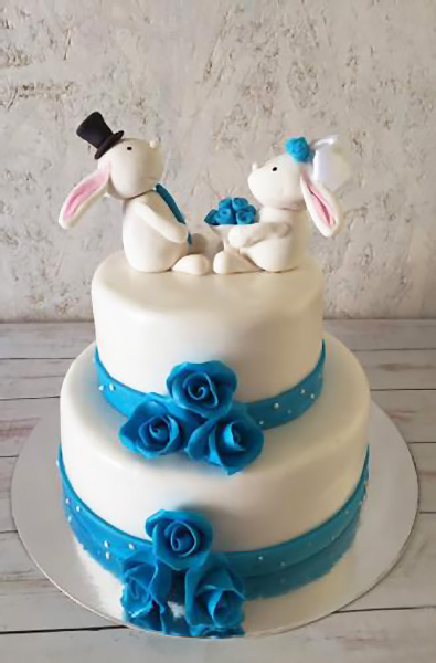 Свадебный торт с зайцами